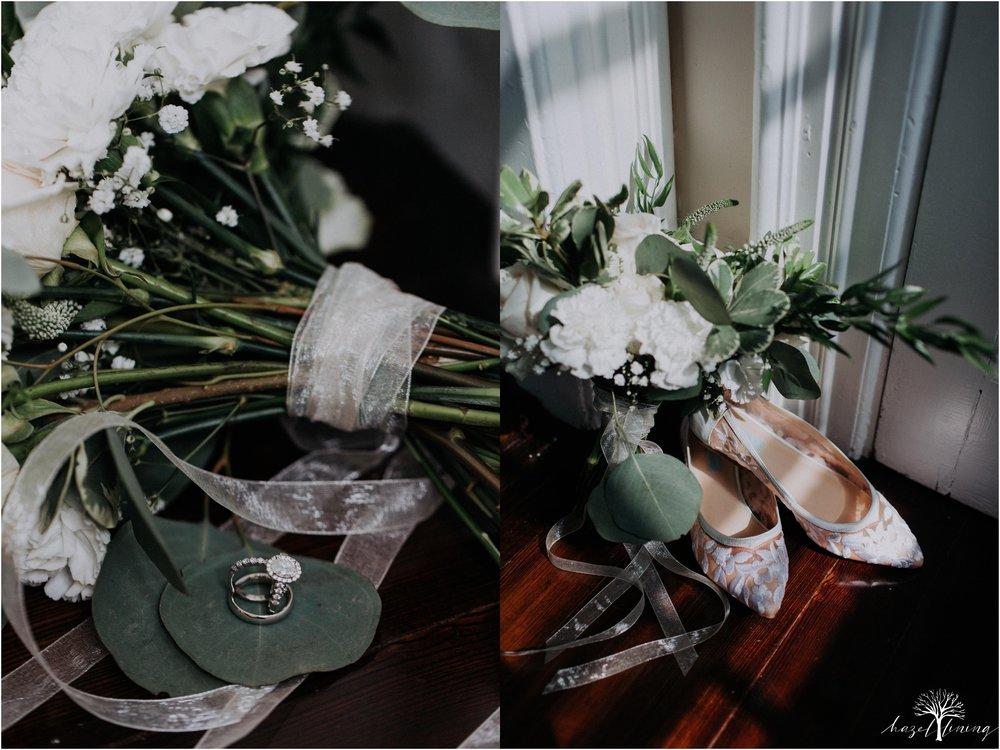 mariah-kreyling-samuel-sherratt-sherrattwiththeworld-peirce-farm-at-witch-hill-boston-massachusetts-wedding-photography-hazel-lining-travel-wedding-elopement-photography_0003.jpg