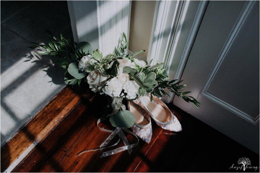 mariah-kreyling-samuel-sherratt-sherrattwiththeworld-peirce-farm-at-witch-hill-boston-massachusetts-wedding-photography-hazel-lining-travel-wedding-elopement-photography_0004.jpg