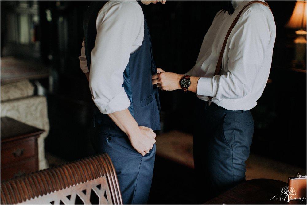 mariah-kreyling-samuel-sherratt-sherrattwiththeworld-peirce-farm-at-witch-hill-boston-massachusetts-wedding-photography-hazel-lining-travel-wedding-elopement-photography_0020.jpg