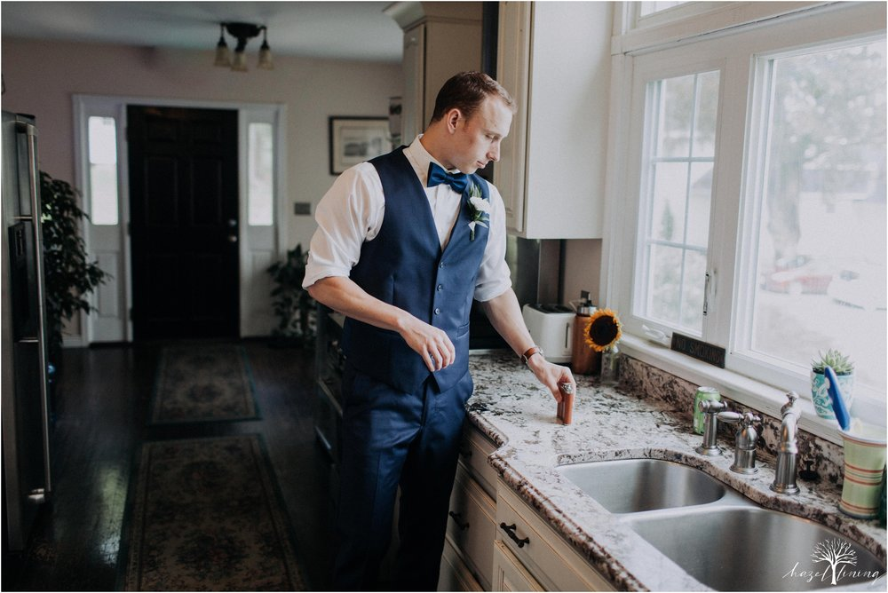 mariah-kreyling-samuel-sherratt-sherrattwiththeworld-peirce-farm-at-witch-hill-boston-massachusetts-wedding-photography-hazel-lining-travel-wedding-elopement-photography_0024.jpg
