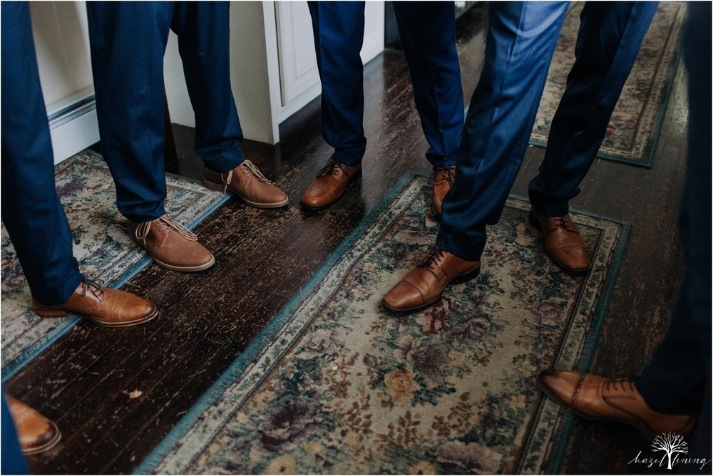 mariah-kreyling-samuel-sherratt-sherrattwiththeworld-peirce-farm-at-witch-hill-boston-massachusetts-wedding-photography-hazel-lining-travel-wedding-elopement-photography_0026.jpg