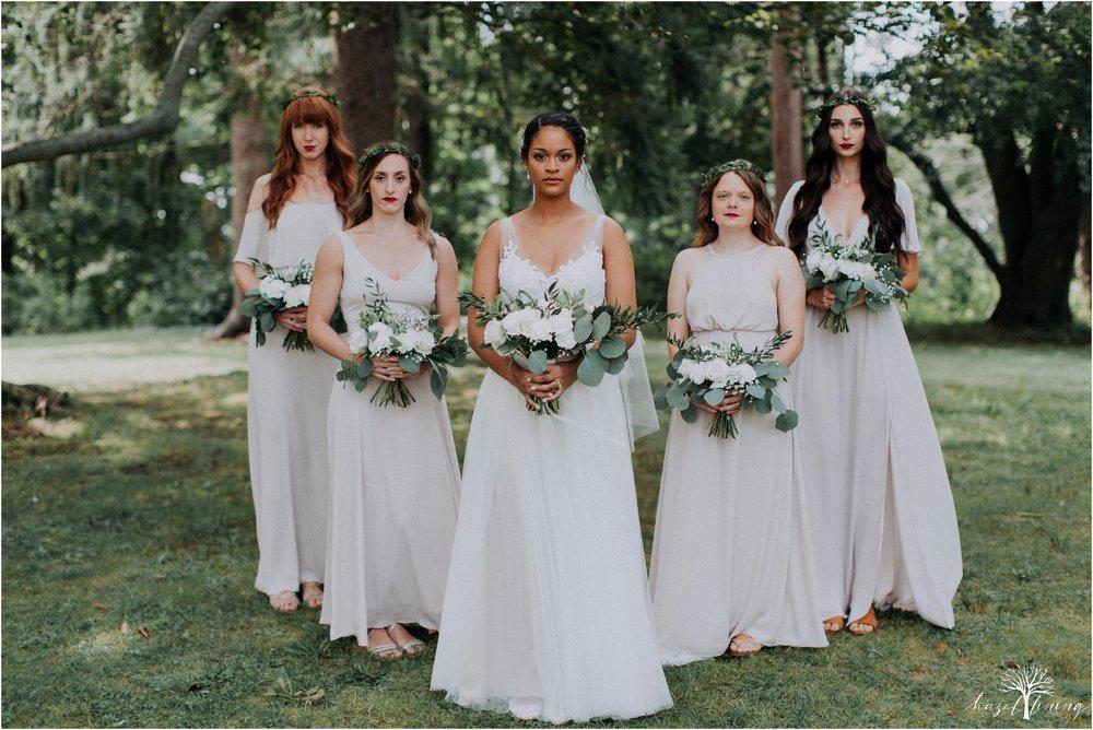 mariah-kreyling-samuel-sherratt-sherrattwiththeworld-peirce-farm-at-witch-hill-boston-massachusetts-wedding-photography-hazel-lining-travel-wedding-elopement-photography_0031.jpg