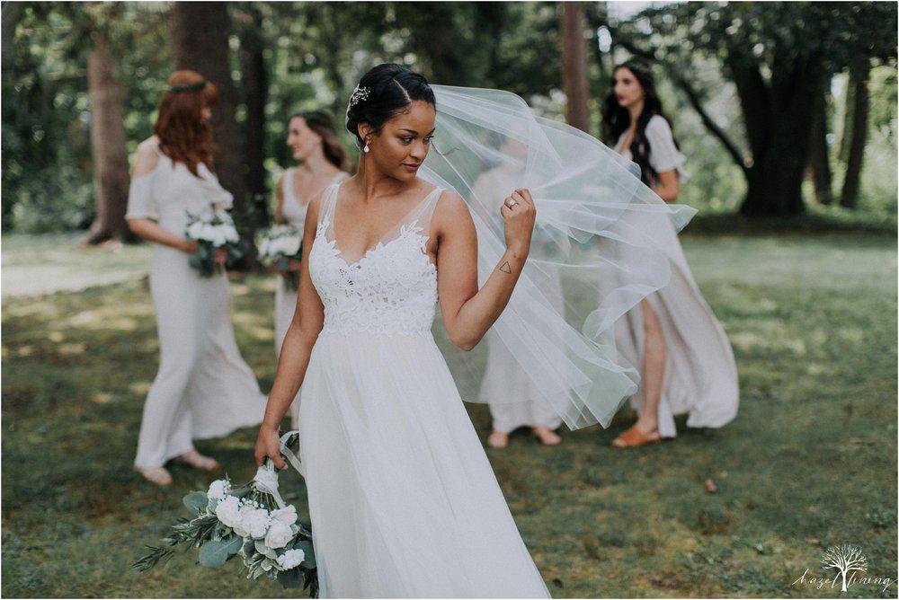 mariah-kreyling-samuel-sherratt-sherrattwiththeworld-peirce-farm-at-witch-hill-boston-massachusetts-wedding-photography-hazel-lining-travel-wedding-elopement-photography_0035.jpg
