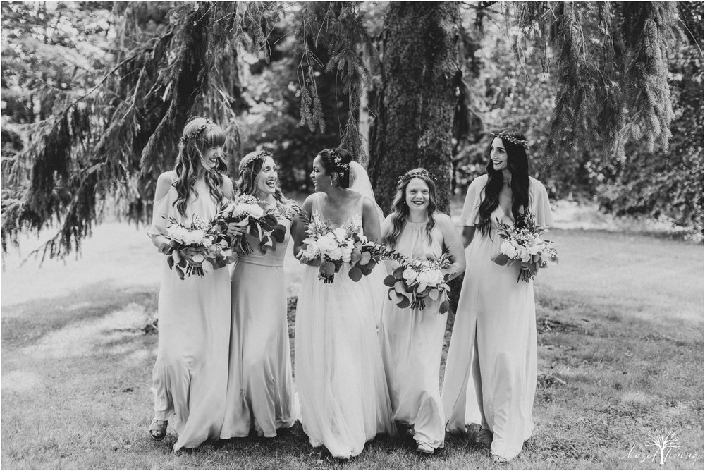 mariah-kreyling-samuel-sherratt-sherrattwiththeworld-peirce-farm-at-witch-hill-boston-massachusetts-wedding-photography-hazel-lining-travel-wedding-elopement-photography_0040.jpg