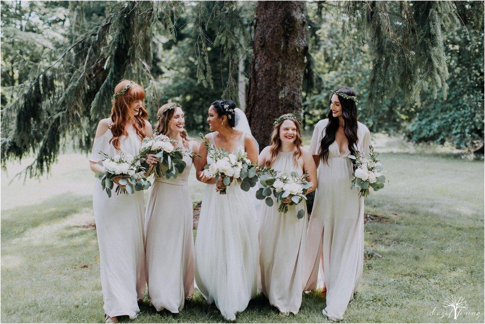 mariah-kreyling-samuel-sherratt-sherrattwiththeworld-peirce-farm-at-witch-hill-boston-massachusetts-wedding-photography-hazel-lining-travel-wedding-elopement-photography_0041.jpg