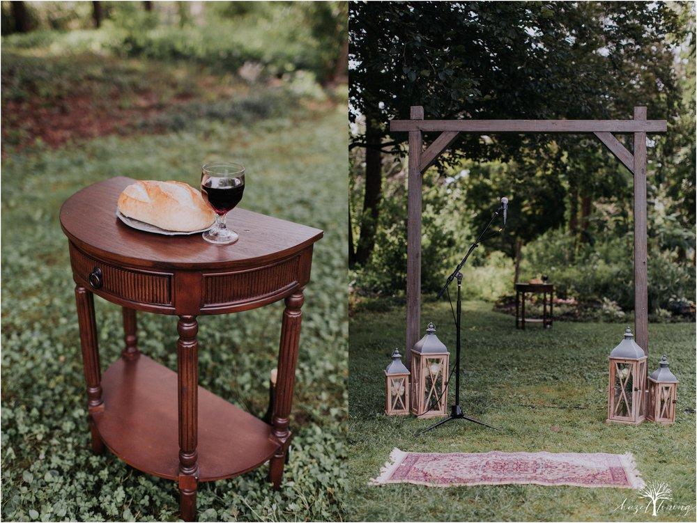 mariah-kreyling-samuel-sherratt-sherrattwiththeworld-peirce-farm-at-witch-hill-boston-massachusetts-wedding-photography-hazel-lining-travel-wedding-elopement-photography_0072.jpg