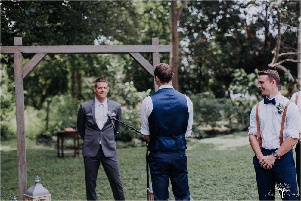 mariah-kreyling-samuel-sherratt-sherrattwiththeworld-peirce-farm-at-witch-hill-boston-massachusetts-wedding-photography-hazel-lining-travel-wedding-elopement-photography_0076.jpg