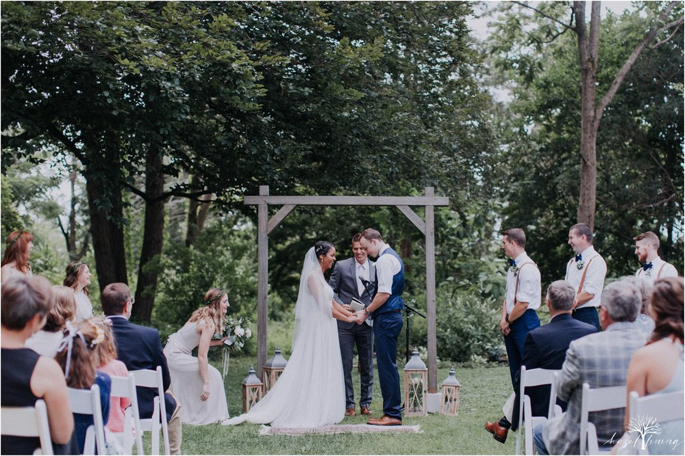 mariah-kreyling-samuel-sherratt-sherrattwiththeworld-peirce-farm-at-witch-hill-boston-massachusetts-wedding-photography-hazel-lining-travel-wedding-elopement-photography_0086.jpg