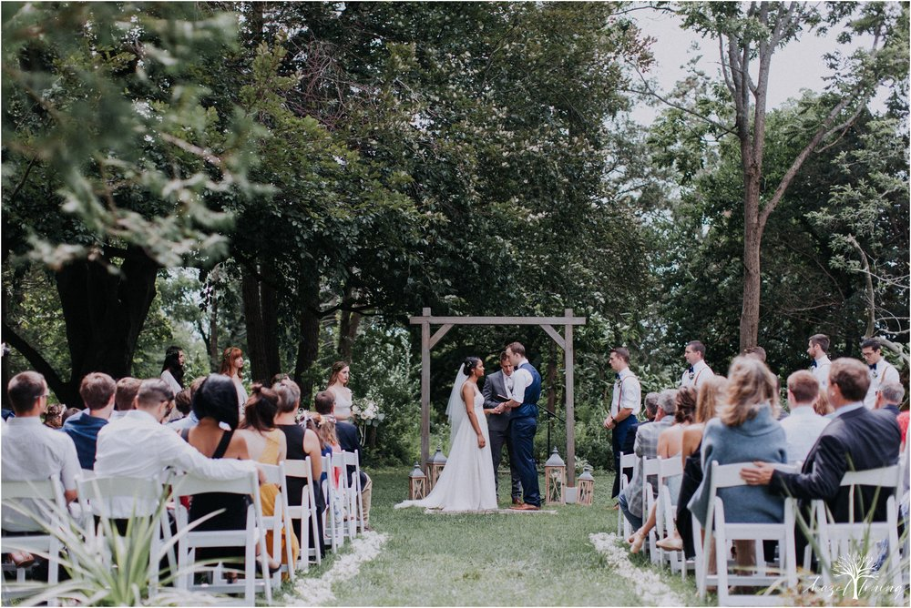 mariah-kreyling-samuel-sherratt-sherrattwiththeworld-peirce-farm-at-witch-hill-boston-massachusetts-wedding-photography-hazel-lining-travel-wedding-elopement-photography_0089.jpg