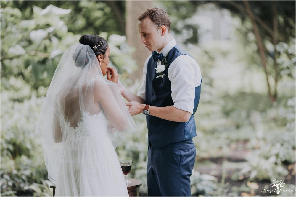 mariah-kreyling-samuel-sherratt-sherrattwiththeworld-peirce-farm-at-witch-hill-boston-massachusetts-wedding-photography-hazel-lining-travel-wedding-elopement-photography_0093.jpg