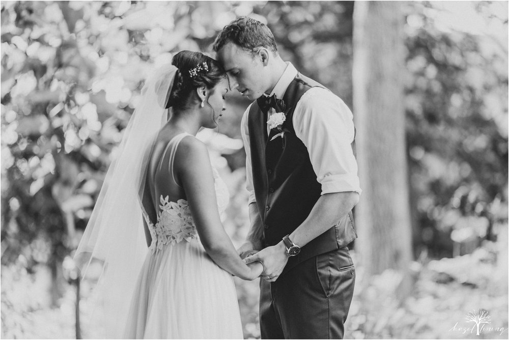 mariah-kreyling-samuel-sherratt-sherrattwiththeworld-peirce-farm-at-witch-hill-boston-massachusetts-wedding-photography-hazel-lining-travel-wedding-elopement-photography_0094.jpg