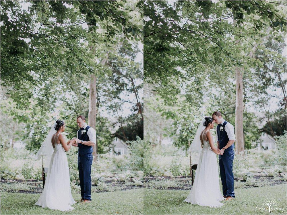 mariah-kreyling-samuel-sherratt-sherrattwiththeworld-peirce-farm-at-witch-hill-boston-massachusetts-wedding-photography-hazel-lining-travel-wedding-elopement-photography_0095.jpg