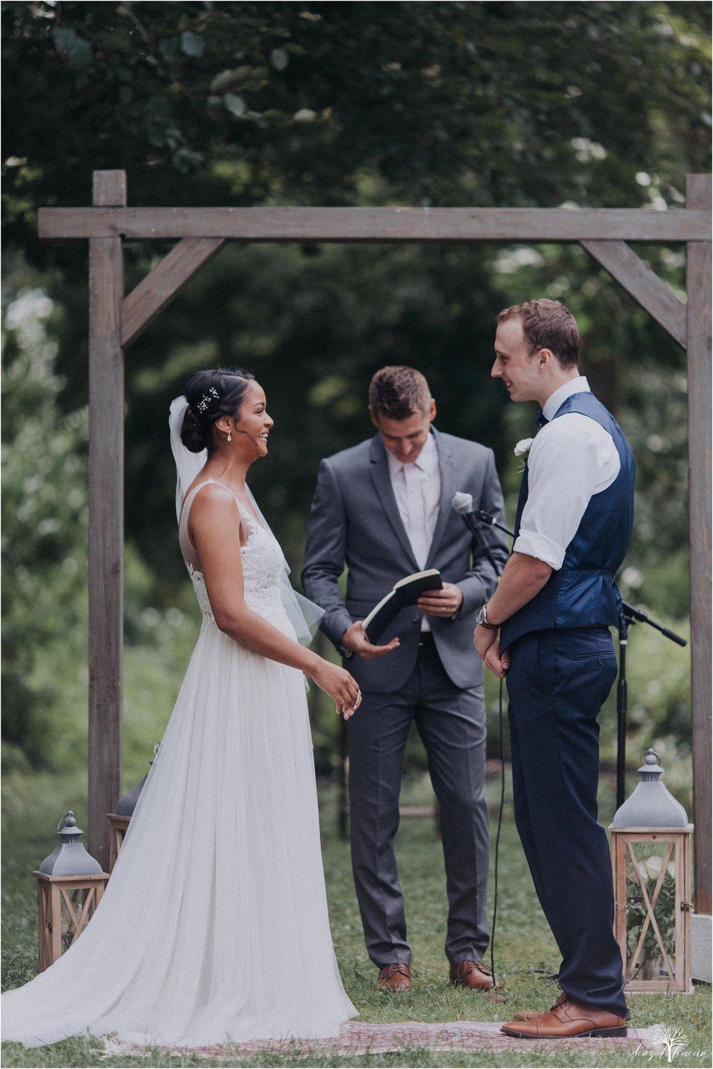 mariah-kreyling-samuel-sherratt-sherrattwiththeworld-peirce-farm-at-witch-hill-boston-massachusetts-wedding-photography-hazel-lining-travel-wedding-elopement-photography_0098.jpg