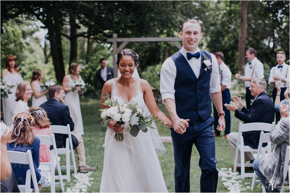 mariah-kreyling-samuel-sherratt-sherrattwiththeworld-peirce-farm-at-witch-hill-boston-massachusetts-wedding-photography-hazel-lining-travel-wedding-elopement-photography_0101.jpg