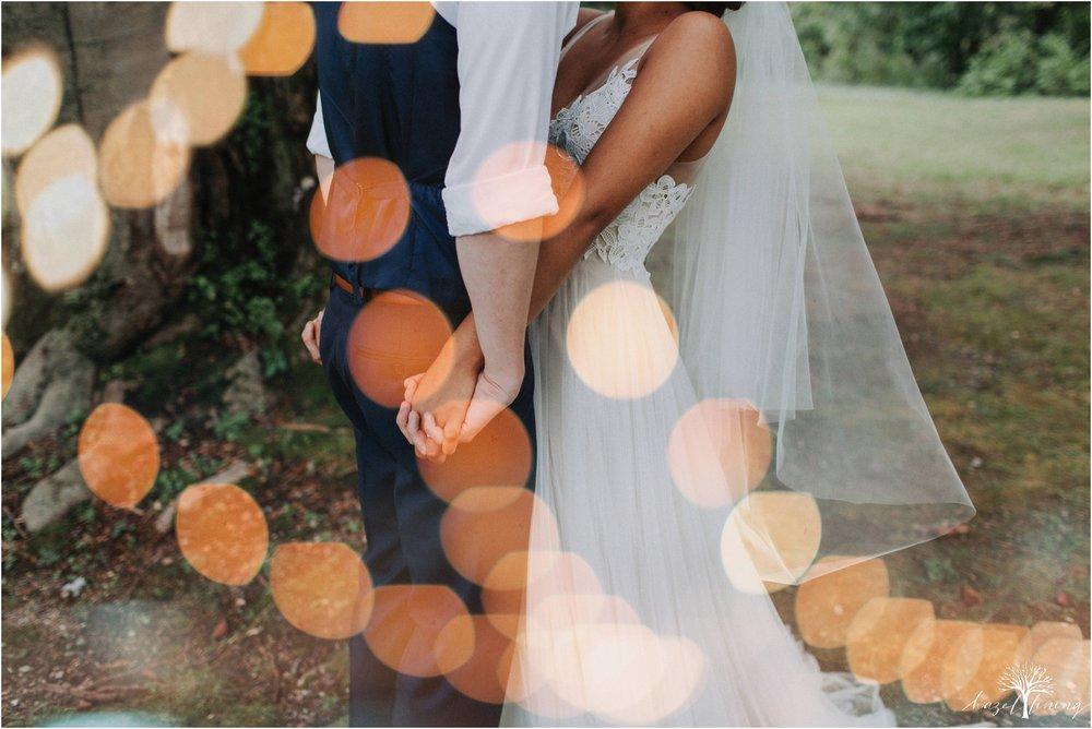 mariah-kreyling-samuel-sherratt-sherrattwiththeworld-peirce-farm-at-witch-hill-boston-massachusetts-wedding-photography-hazel-lining-travel-wedding-elopement-photography_0118.jpg