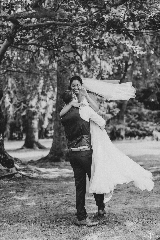 mariah-kreyling-samuel-sherratt-sherrattwiththeworld-peirce-farm-at-witch-hill-boston-massachusetts-wedding-photography-hazel-lining-travel-wedding-elopement-photography_0121.jpg