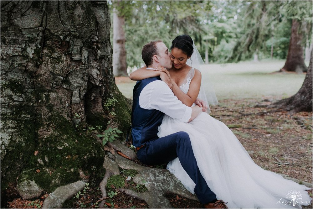 mariah-kreyling-samuel-sherratt-sherrattwiththeworld-peirce-farm-at-witch-hill-boston-massachusetts-wedding-photography-hazel-lining-travel-wedding-elopement-photography_0127.jpg
