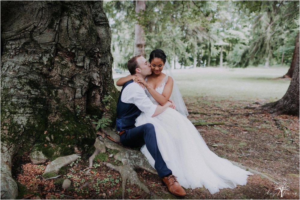 mariah-kreyling-samuel-sherratt-sherrattwiththeworld-peirce-farm-at-witch-hill-boston-massachusetts-wedding-photography-hazel-lining-travel-wedding-elopement-photography_0128.jpg