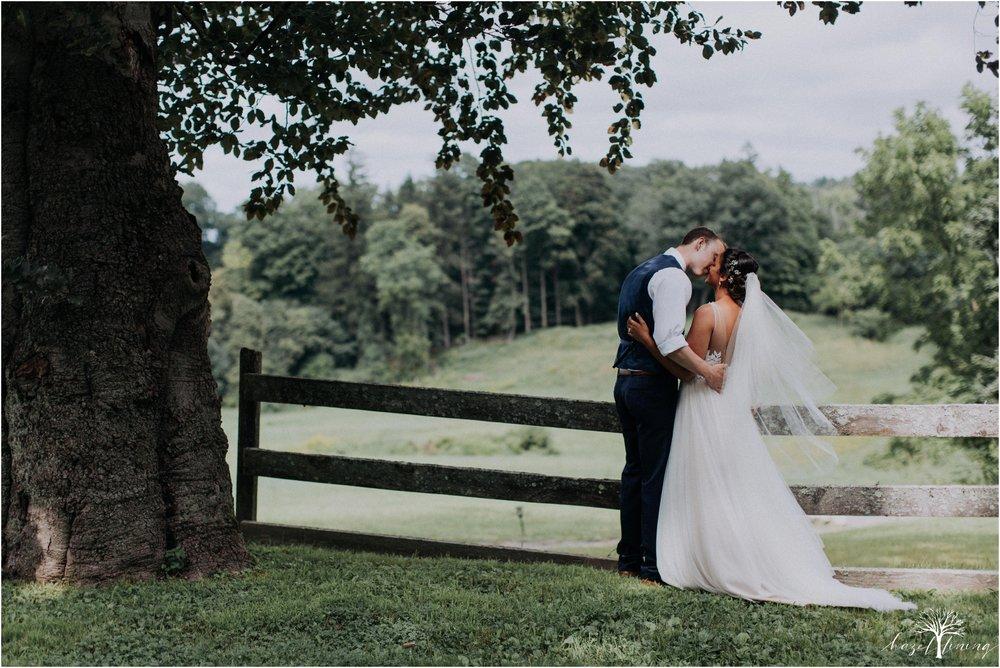 mariah-kreyling-samuel-sherratt-sherrattwiththeworld-peirce-farm-at-witch-hill-boston-massachusetts-wedding-photography-hazel-lining-travel-wedding-elopement-photography_0145.jpg