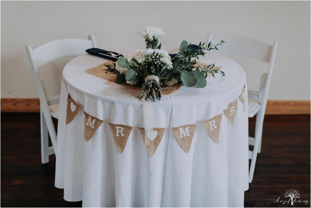 mariah-kreyling-samuel-sherratt-sherrattwiththeworld-peirce-farm-at-witch-hill-boston-massachusetts-wedding-photography-hazel-lining-travel-wedding-elopement-photography_0155.jpg