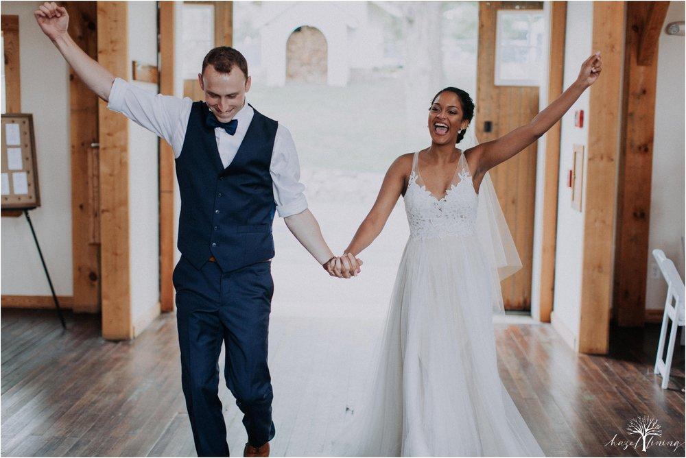 mariah-kreyling-samuel-sherratt-sherrattwiththeworld-peirce-farm-at-witch-hill-boston-massachusetts-wedding-photography-hazel-lining-travel-wedding-elopement-photography_0158.jpg
