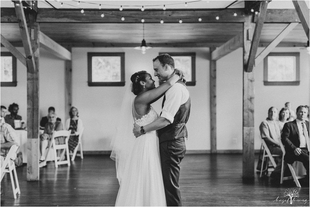 mariah-kreyling-samuel-sherratt-sherrattwiththeworld-peirce-farm-at-witch-hill-boston-massachusetts-wedding-photography-hazel-lining-travel-wedding-elopement-photography_0160.jpg