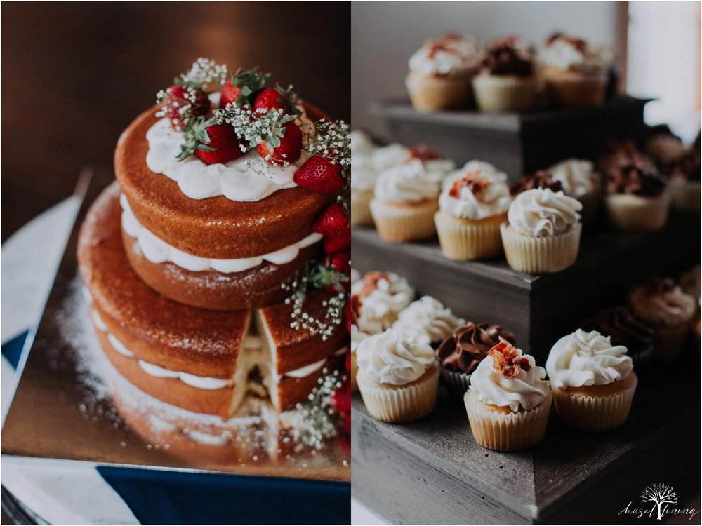 mariah-kreyling-samuel-sherratt-sherrattwiththeworld-peirce-farm-at-witch-hill-boston-massachusetts-wedding-photography-hazel-lining-travel-wedding-elopement-photography_0178.jpg