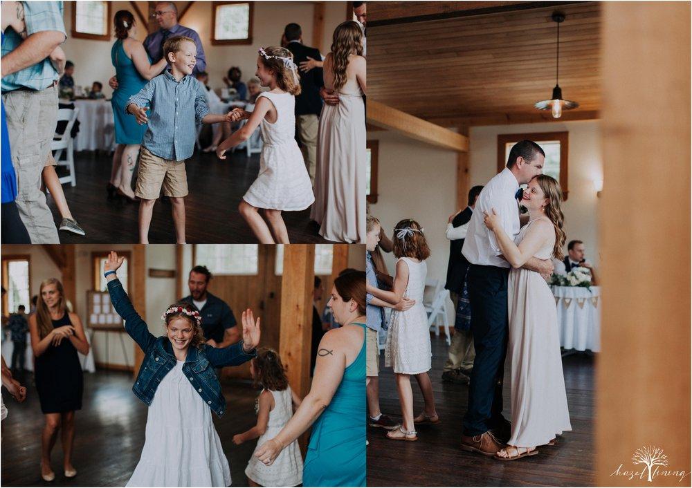 mariah-kreyling-samuel-sherratt-sherrattwiththeworld-peirce-farm-at-witch-hill-boston-massachusetts-wedding-photography-hazel-lining-travel-wedding-elopement-photography_0180.jpg