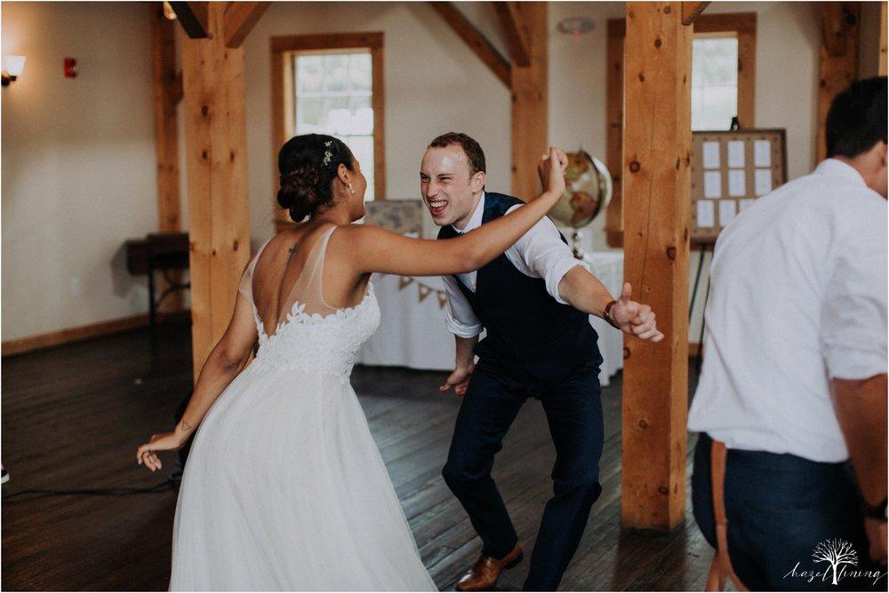 mariah-kreyling-samuel-sherratt-sherrattwiththeworld-peirce-farm-at-witch-hill-boston-massachusetts-wedding-photography-hazel-lining-travel-wedding-elopement-photography_0181.jpg