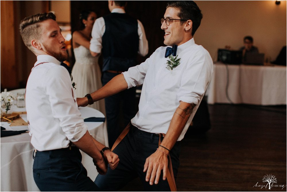 mariah-kreyling-samuel-sherratt-sherrattwiththeworld-peirce-farm-at-witch-hill-boston-massachusetts-wedding-photography-hazel-lining-travel-wedding-elopement-photography_0182.jpg