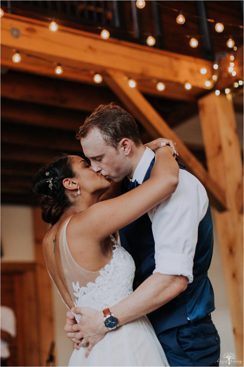 mariah-kreyling-samuel-sherratt-sherrattwiththeworld-peirce-farm-at-witch-hill-boston-massachusetts-wedding-photography-hazel-lining-travel-wedding-elopement-photography_0190.jpg