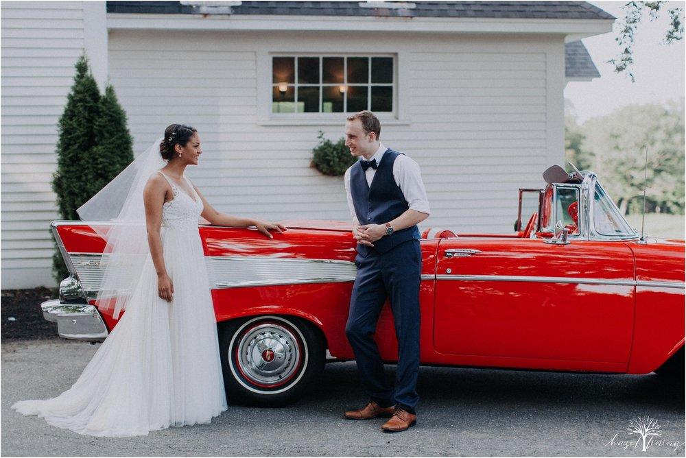 mariah-kreyling-samuel-sherratt-sherrattwiththeworld-peirce-farm-at-witch-hill-boston-massachusetts-wedding-photography-hazel-lining-travel-wedding-elopement-photography_0201.jpg