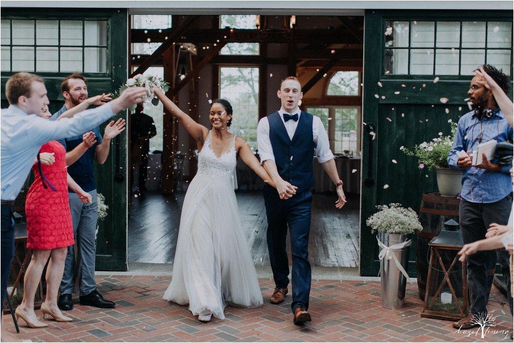 mariah-kreyling-samuel-sherratt-sherrattwiththeworld-peirce-farm-at-witch-hill-boston-massachusetts-wedding-photography-hazel-lining-travel-wedding-elopement-photography_0206.jpg
