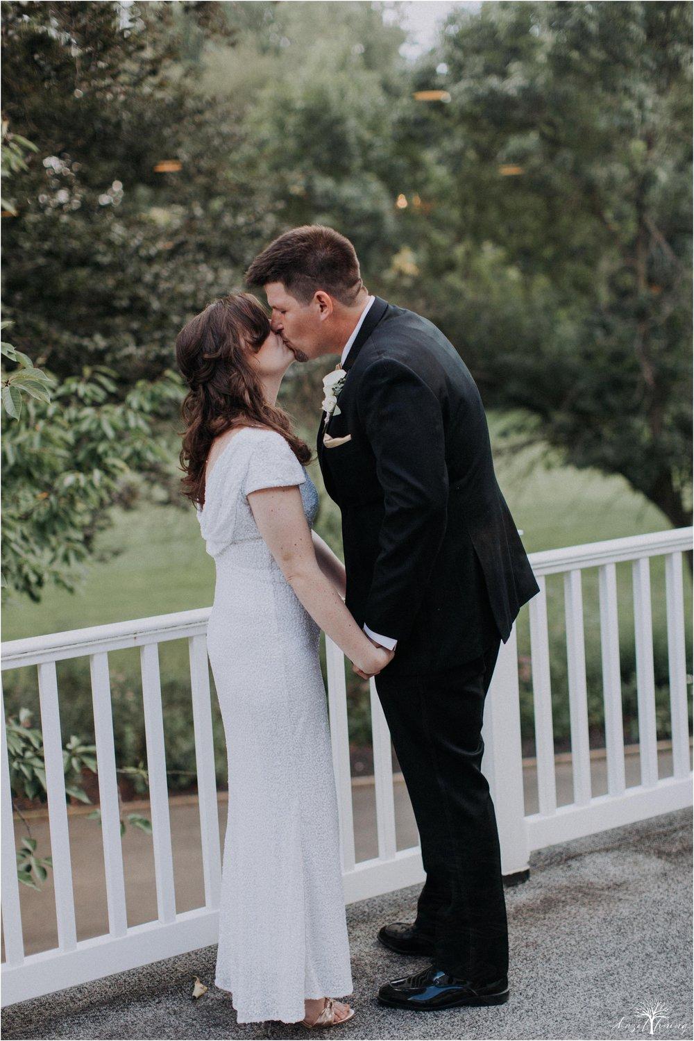 elizabeth-doelp-andrew-foreback-middletown-country-club-summer-langhorne-pennsylvania-wedding-hazel-lining-travel-wedding-elopement-photography_0107.jpg