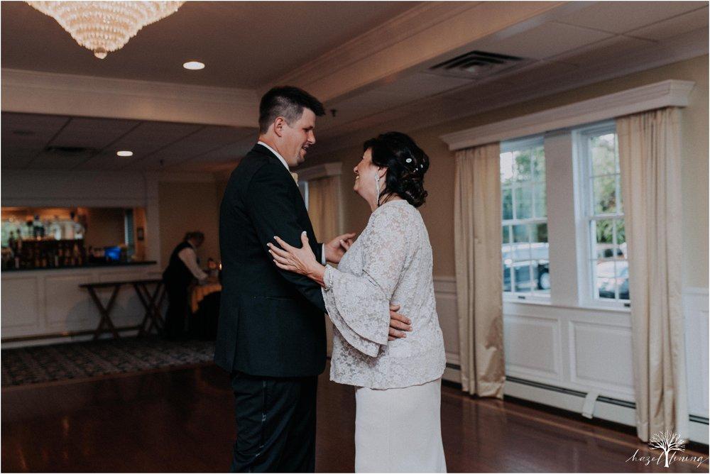 elizabeth-doelp-andrew-foreback-middletown-country-club-summer-langhorne-pennsylvania-wedding-hazel-lining-travel-wedding-elopement-photography_0136.jpg