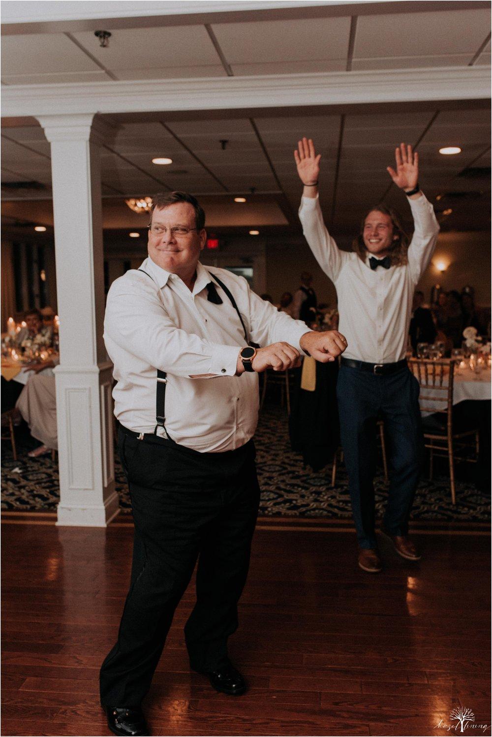 elizabeth-doelp-andrew-foreback-middletown-country-club-summer-langhorne-pennsylvania-wedding-hazel-lining-travel-wedding-elopement-photography_0151.jpg