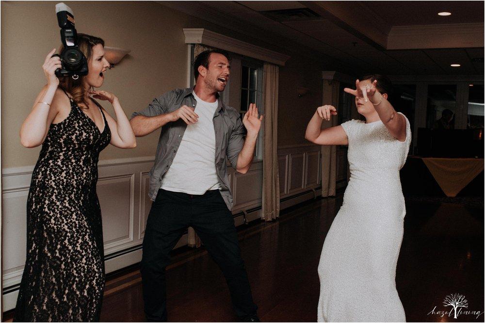 elizabeth-doelp-andrew-foreback-middletown-country-club-summer-langhorne-pennsylvania-wedding-hazel-lining-travel-wedding-elopement-photography_0156.jpg