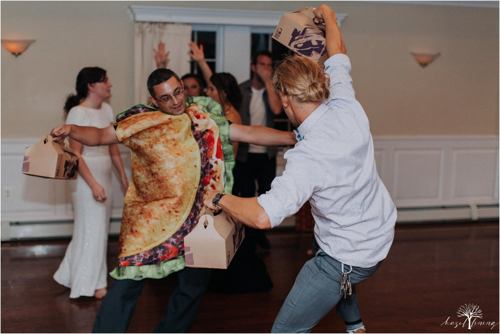 elizabeth-doelp-andrew-foreback-middletown-country-club-summer-langhorne-pennsylvania-wedding-hazel-lining-travel-wedding-elopement-photography_0168.jpg