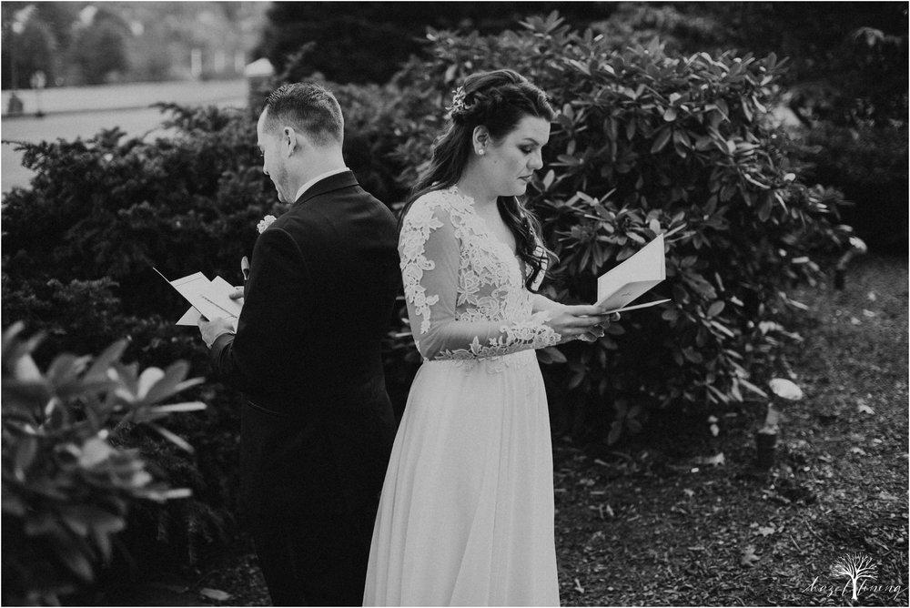 taylor-schloffer-zachary-onulack-la-massaria-at-bella-vista-fall-wedding_0029.jpg