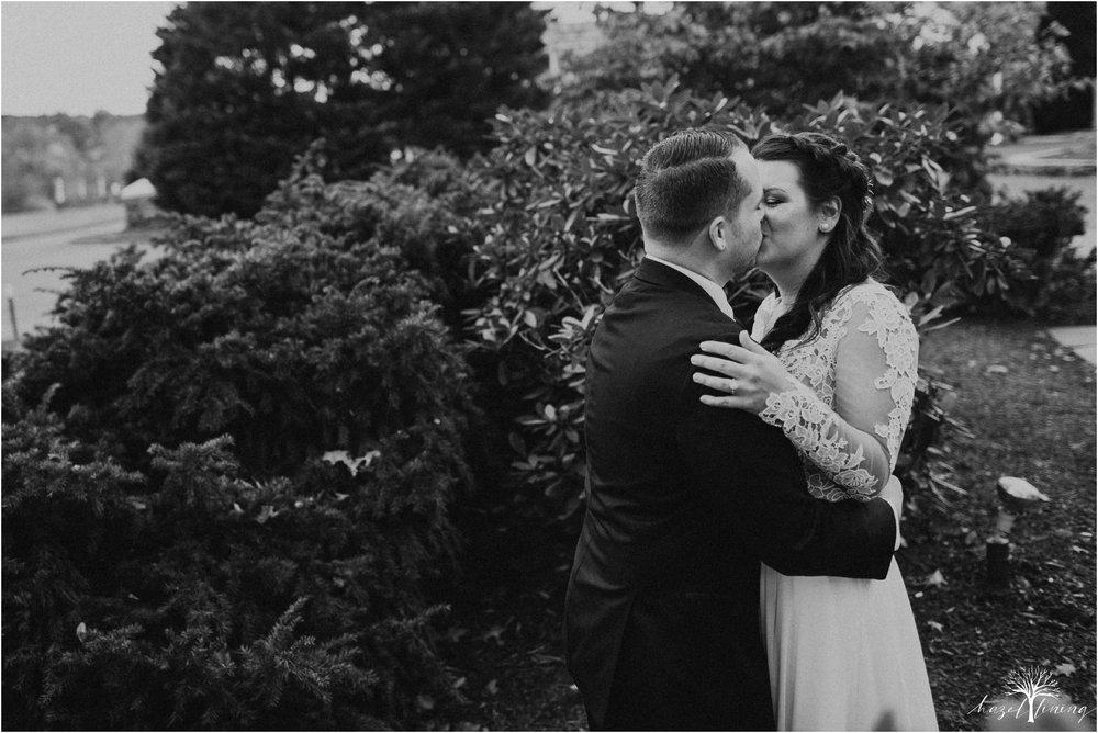 taylor-schloffer-zachary-onulack-la-massaria-at-bella-vista-fall-wedding_0035.jpg