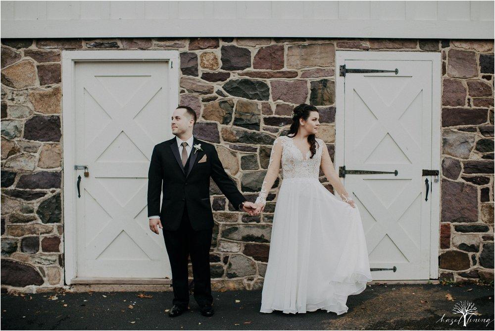 taylor-schloffer-zachary-onulack-la-massaria-at-bella-vista-fall-wedding_0043.jpg