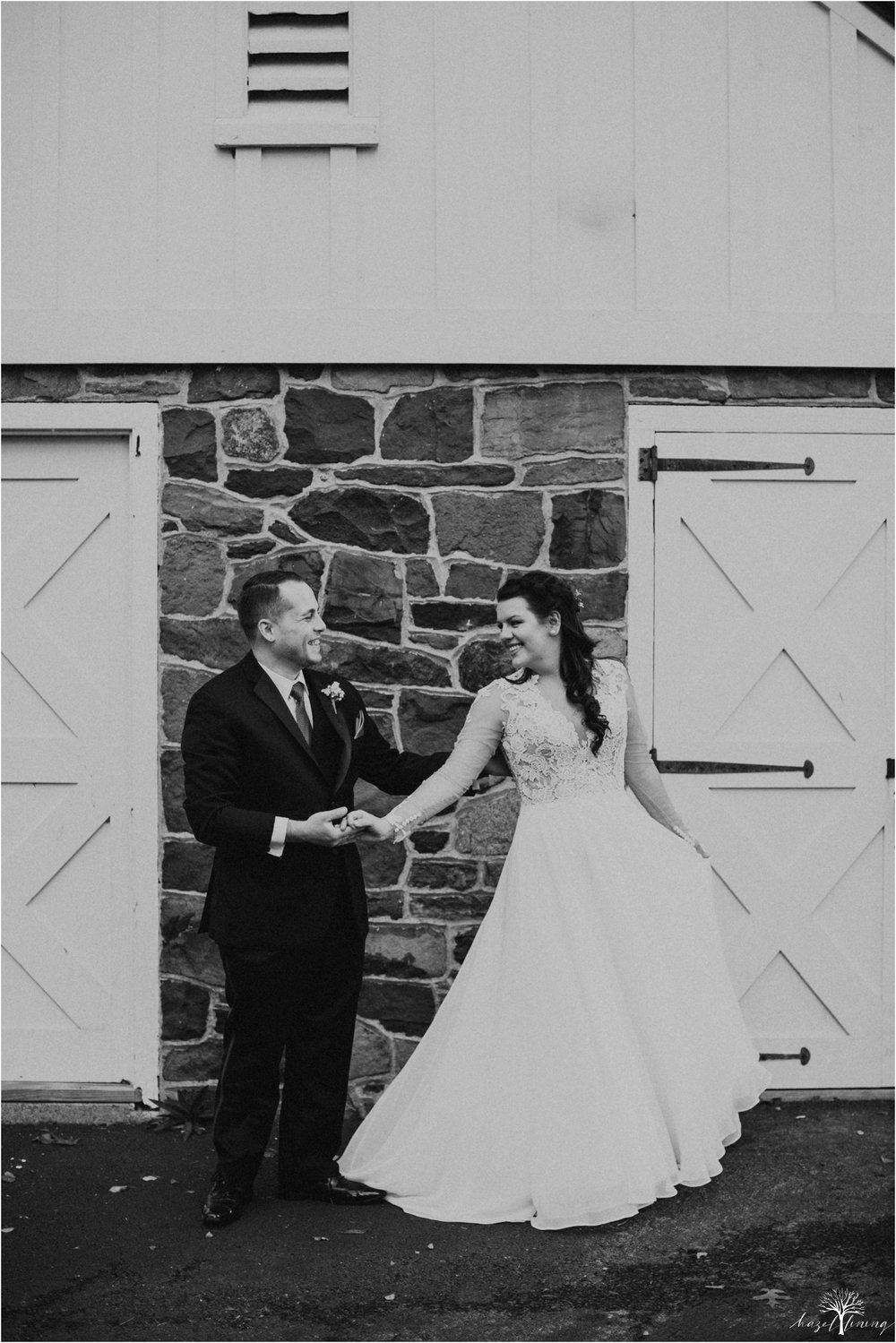 taylor-schloffer-zachary-onulack-la-massaria-at-bella-vista-fall-wedding_0044.jpg
