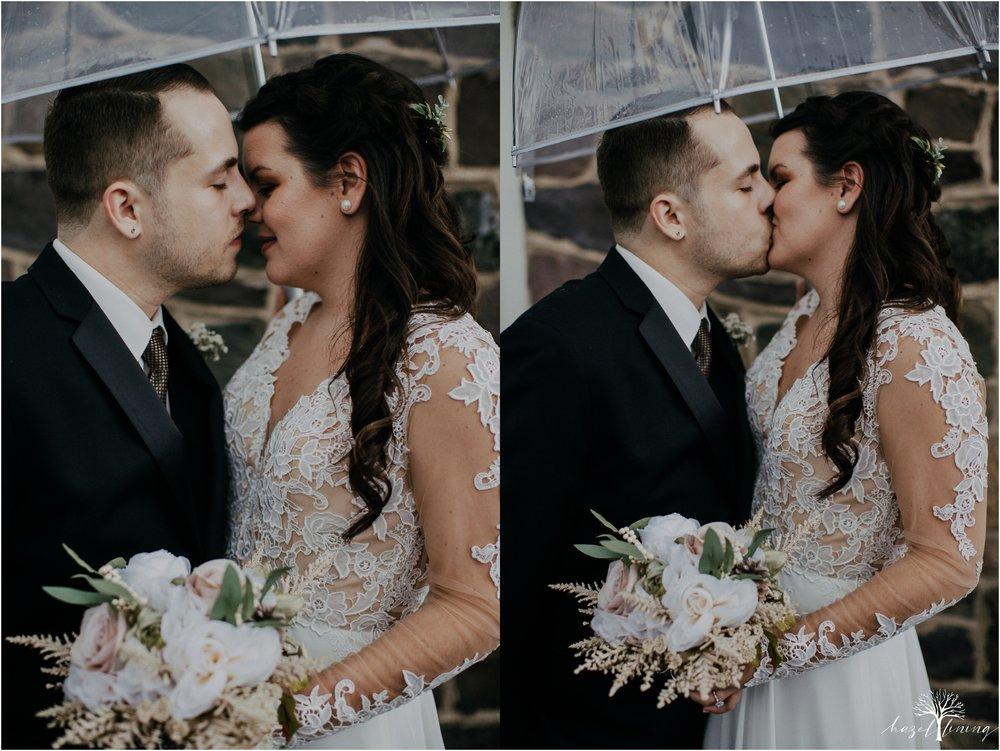 taylor-schloffer-zachary-onulack-la-massaria-at-bella-vista-fall-wedding_0048.jpg