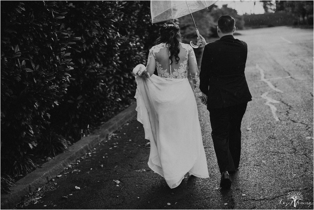 taylor-schloffer-zachary-onulack-la-massaria-at-bella-vista-fall-wedding_0051.jpg