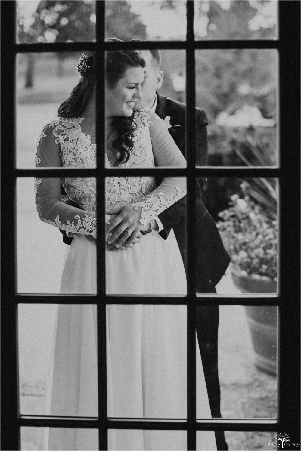 taylor-schloffer-zachary-onulack-la-massaria-at-bella-vista-fall-wedding_0058.jpg