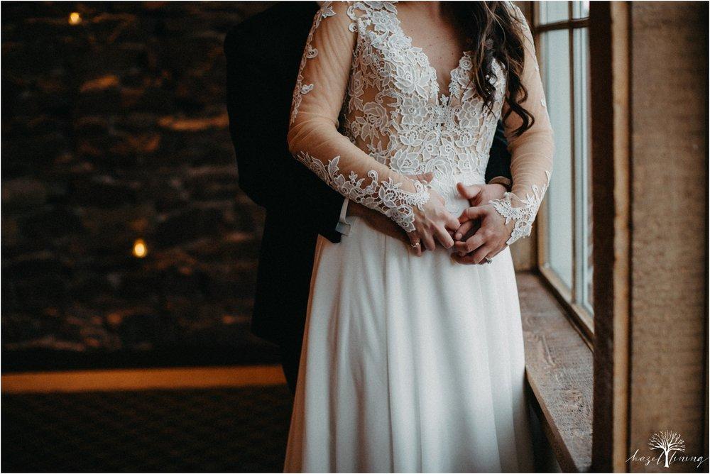 taylor-schloffer-zachary-onulack-la-massaria-at-bella-vista-fall-wedding_0065.jpg