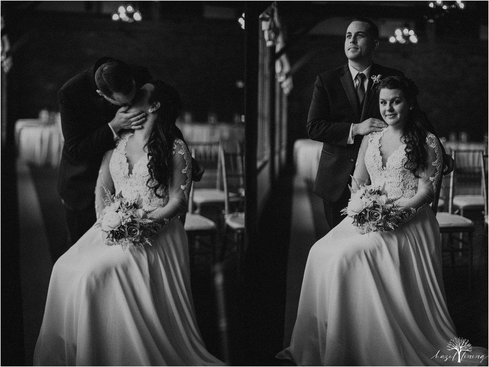 taylor-schloffer-zachary-onulack-la-massaria-at-bella-vista-fall-wedding_0067.jpg