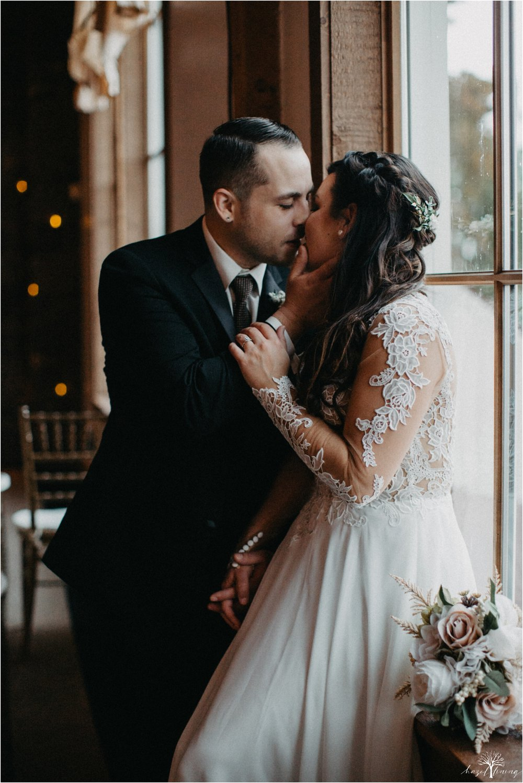 taylor-schloffer-zachary-onulack-la-massaria-at-bella-vista-fall-wedding_0075.jpg