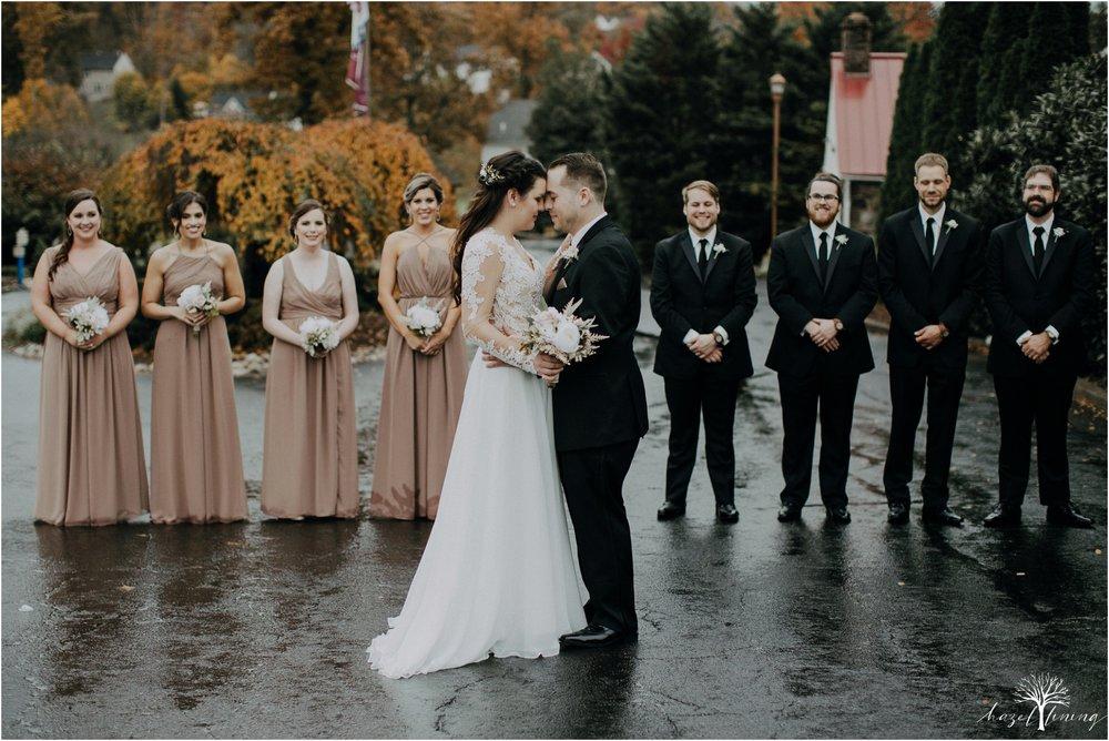 taylor-schloffer-zachary-onulack-la-massaria-at-bella-vista-fall-wedding_0103.jpg