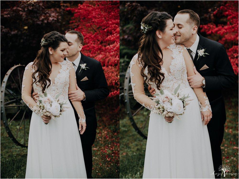 taylor-schloffer-zachary-onulack-la-massaria-at-bella-vista-fall-wedding_0112.jpg